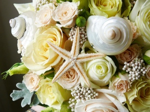 96555-beach-wedding-bouquets