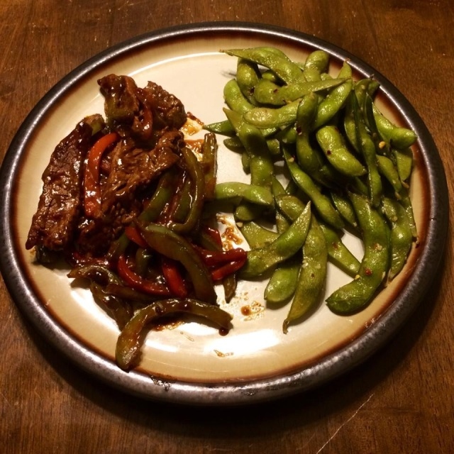 Spicy Beef & Pepper Stir Fry with Garlic and Red Pepper Edamame